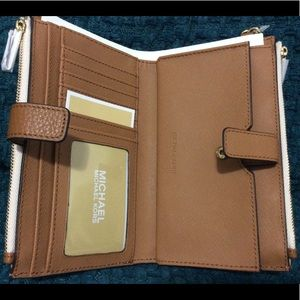 New double zip wallet Michael kors Authentic mk
